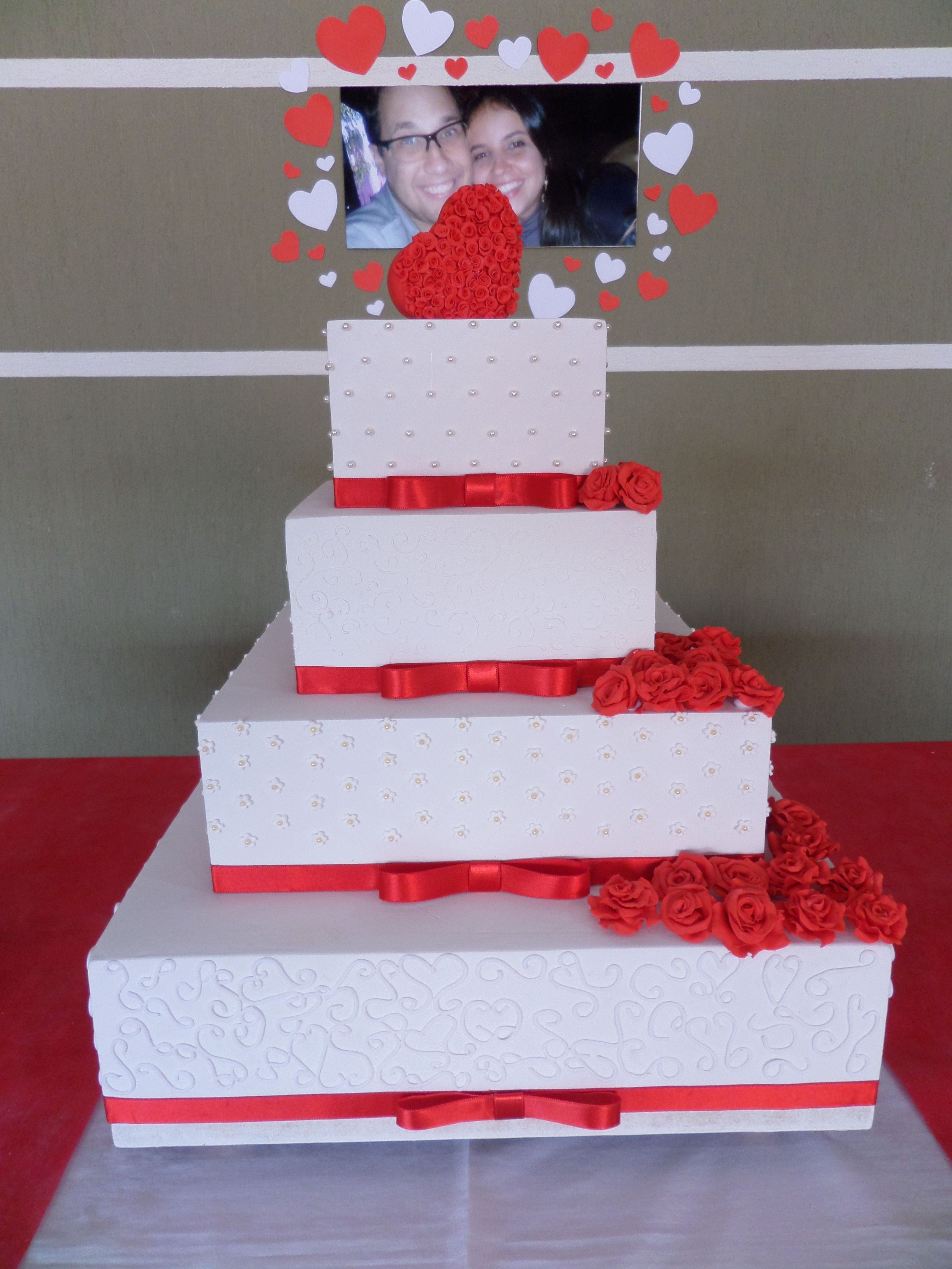 fake flowers on cake