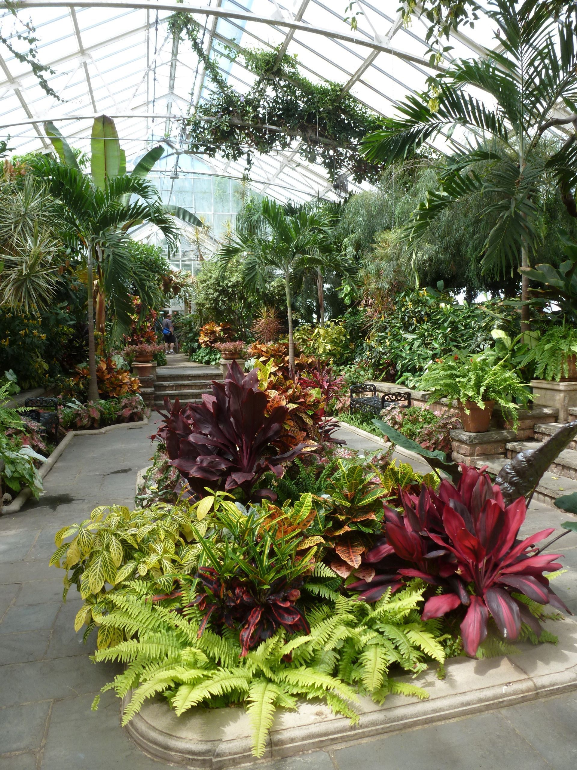 Find And Enjoy Beautiful Public Gardens On Long Island With This