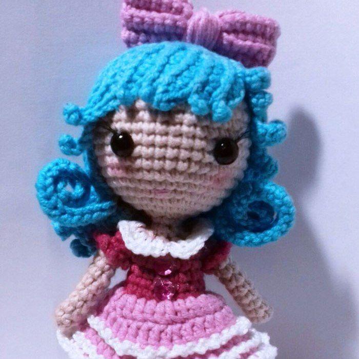Pequeña muñeca de ganchillo libre amigurumi patrón | patrones ...