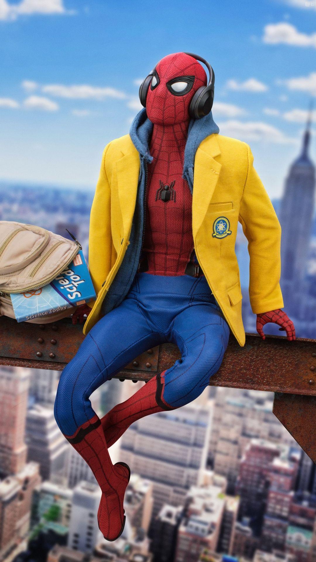 Spiderman listening music Mobile Wallpaper Marvel