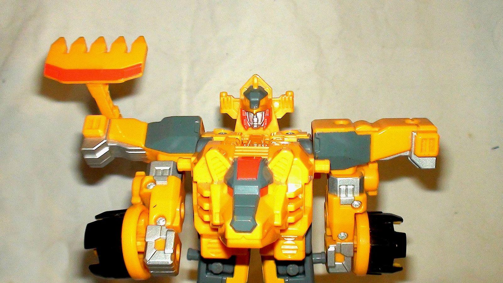 Wanrikikuma  robot (coreroid + bine parts)
