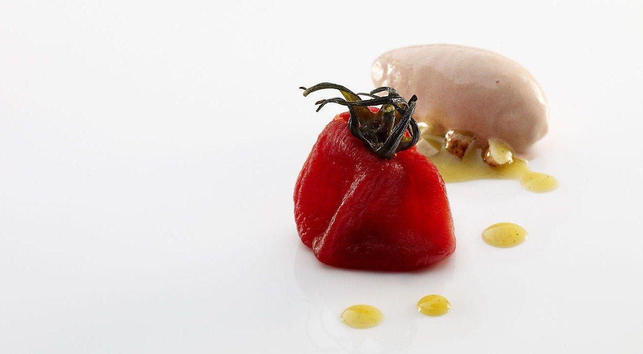 Noma Chef Rene Redzepi Roasted Tomato Salad Chef Dishes Michelin Star Food