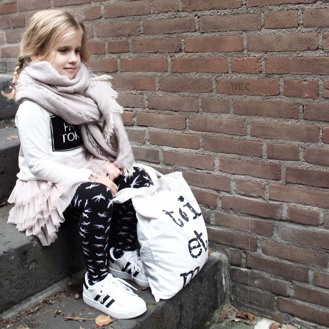 adidas superstar kids outfit