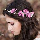 ** – EINE BLUTFÖRDERUNG FÜR BRÜDER UND MESSEN: Blumen als Haarschmuck – ** B …