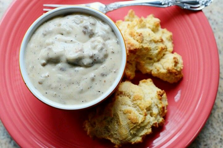 Biscuits and gravy hearty yummo