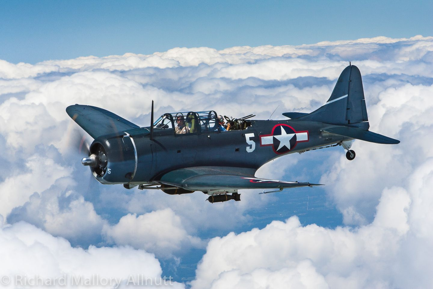 """""""FlyIn to Victory Day"""" NASM May 9th Commemorative air"""