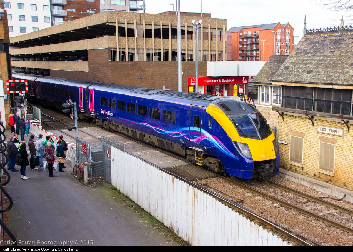 180113 Hull Trains Class 180 At Lincoln United Kingdom By Carlos Ferran Train Hull United Kingdom