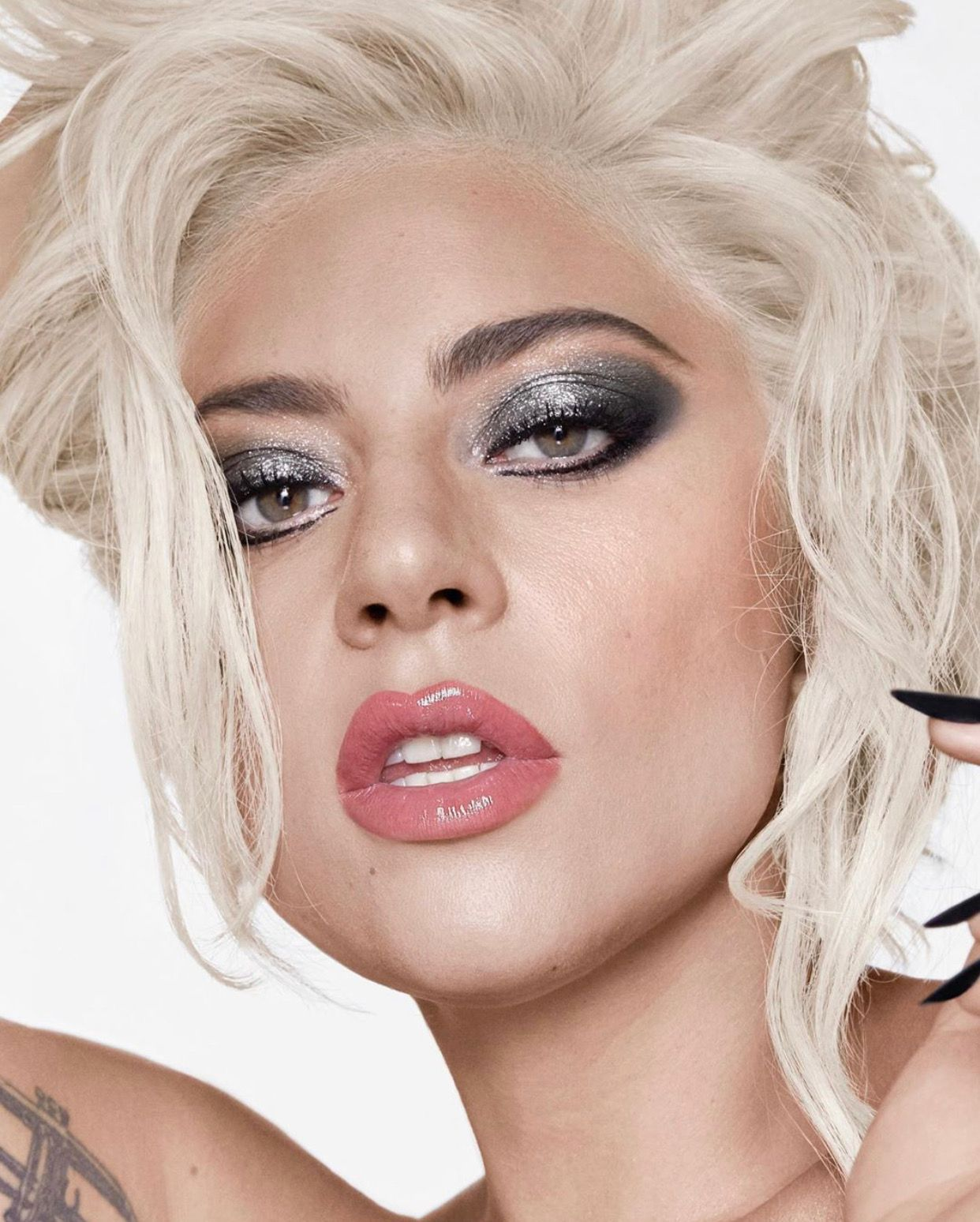 Image by 🌸 Stacie 🌸 on Music & Favorite People Lady gaga
