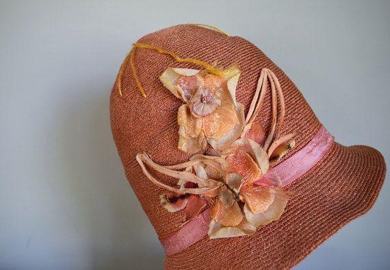 0ab60e23e 1920s straw cloche . vintage 20s pink cloche hat   1920s   Cloche ...