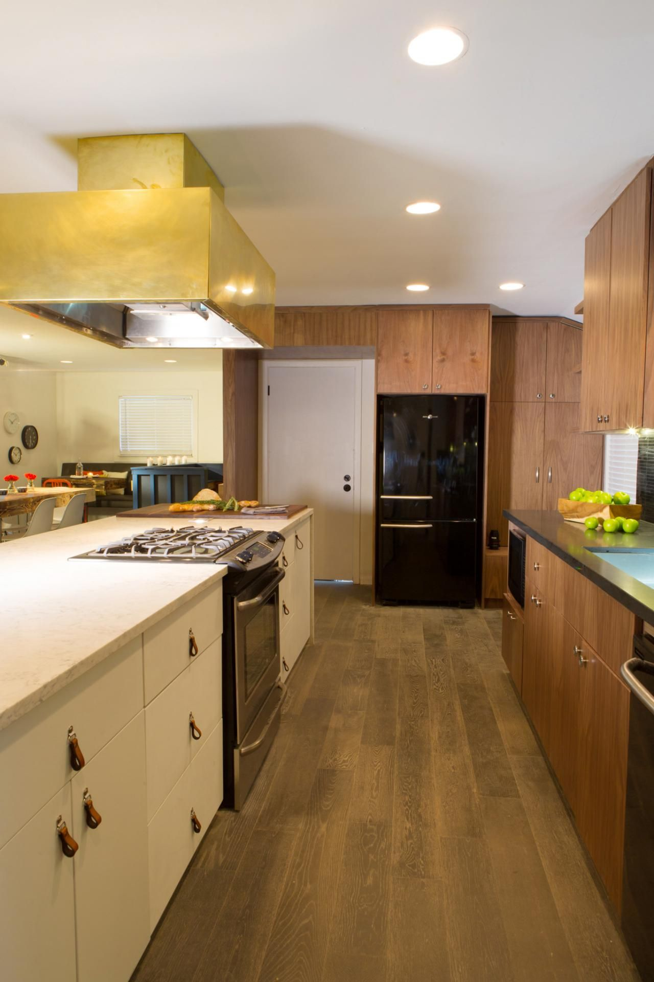 desperate kitchen makeover a bright and modern kitchen america s most desperate kitchens on kitchen makeover ideas id=63790