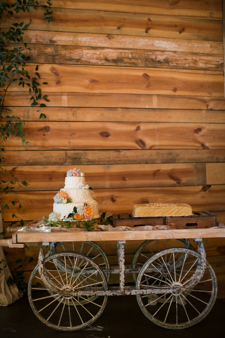 Vintage wagon cake table photo claire diana photography cake