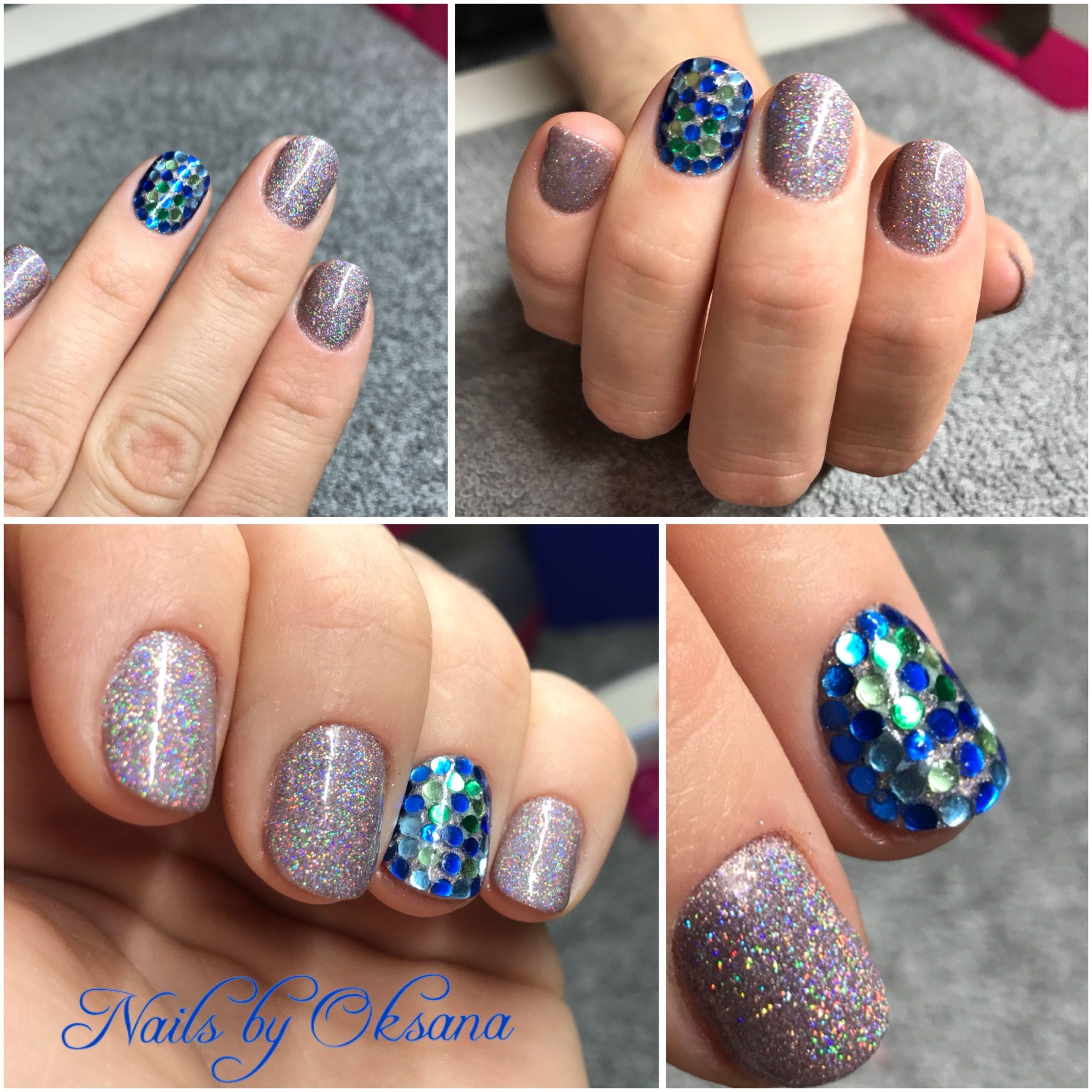 Gelish Manicure Plus Holographic Powder And Mosaic Nail Design