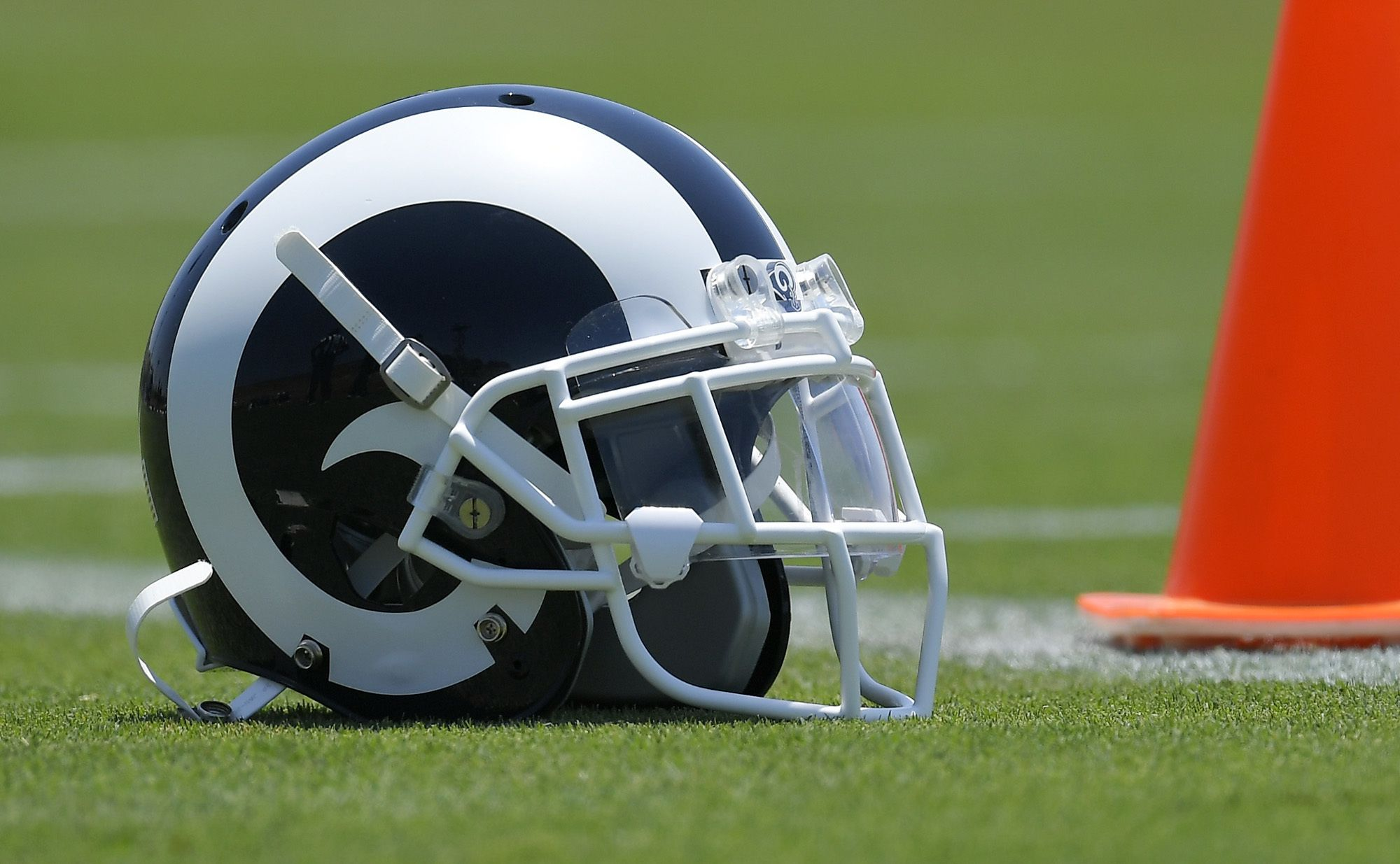 Don Lichterman Los Angeles Rams 2 New Defensive Players The Depth Charts Tonight S Game Vs The Raiders Transcr Sean Mcvay Los Angeles Rams Training Camp