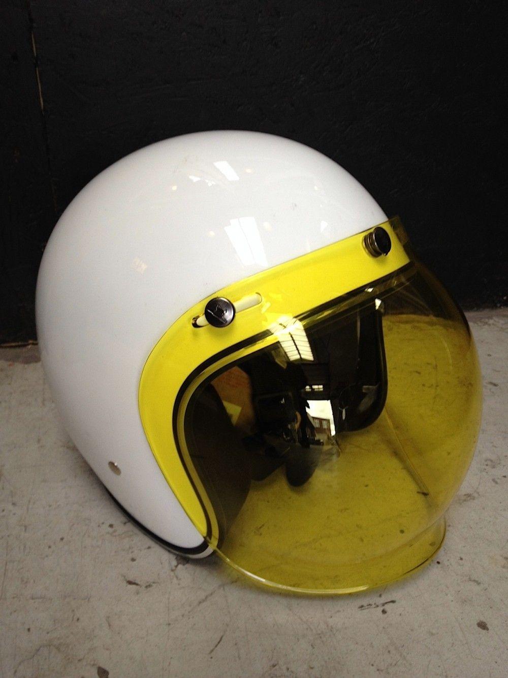 Helmet W Bubble Shield This Is The Look Rinsing On The Lambretta Silver Special Women Helmet Helmet Paint Helmet