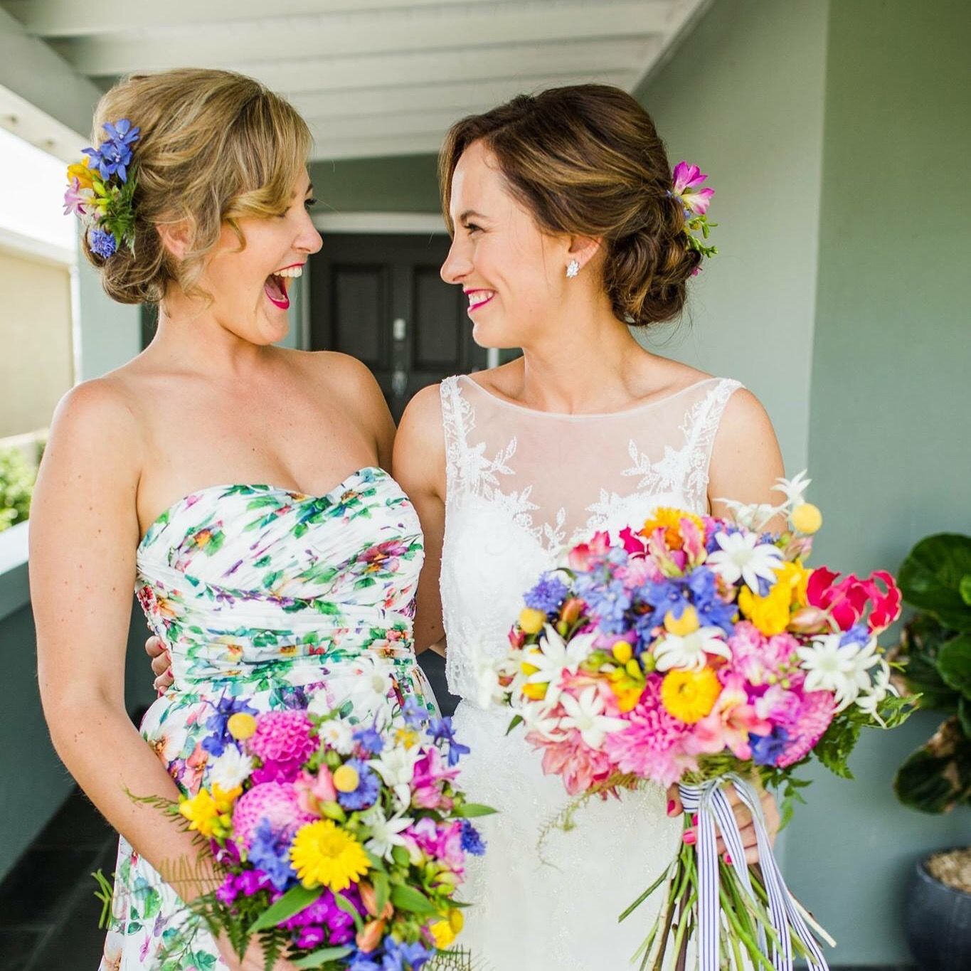 Gorgeous sisters image curly tree photography makeup