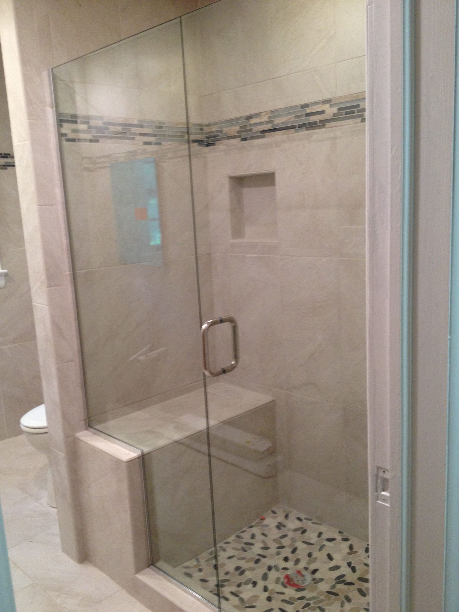 Small walk in shower with seatingseating