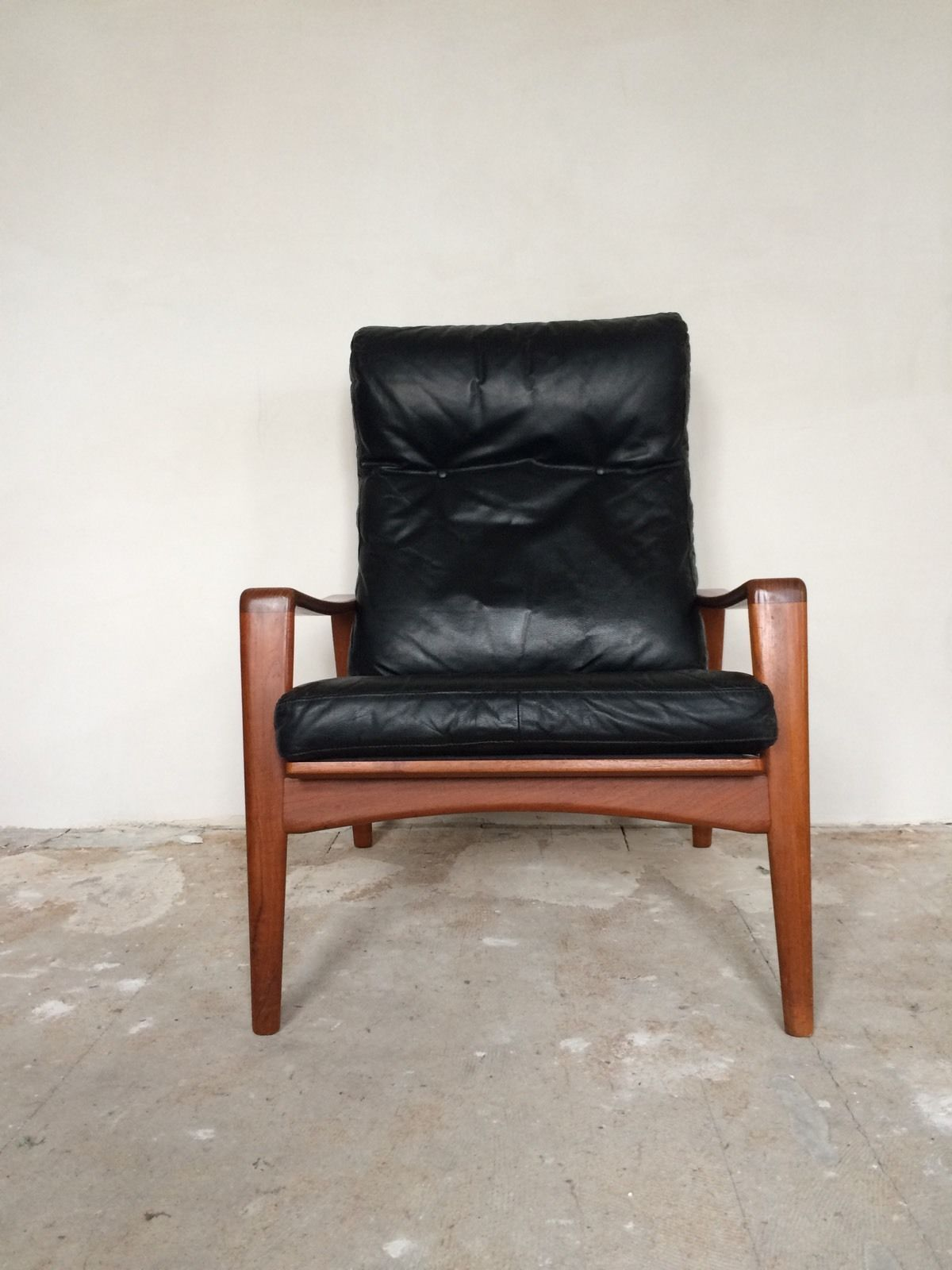 Arne wahl iversen komfort lounge chair teak 60s danish for Sessel 60er design