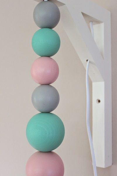 Spectacular DIY Anleitung Lampe aus Holzkugeln home diy how to craft a simple