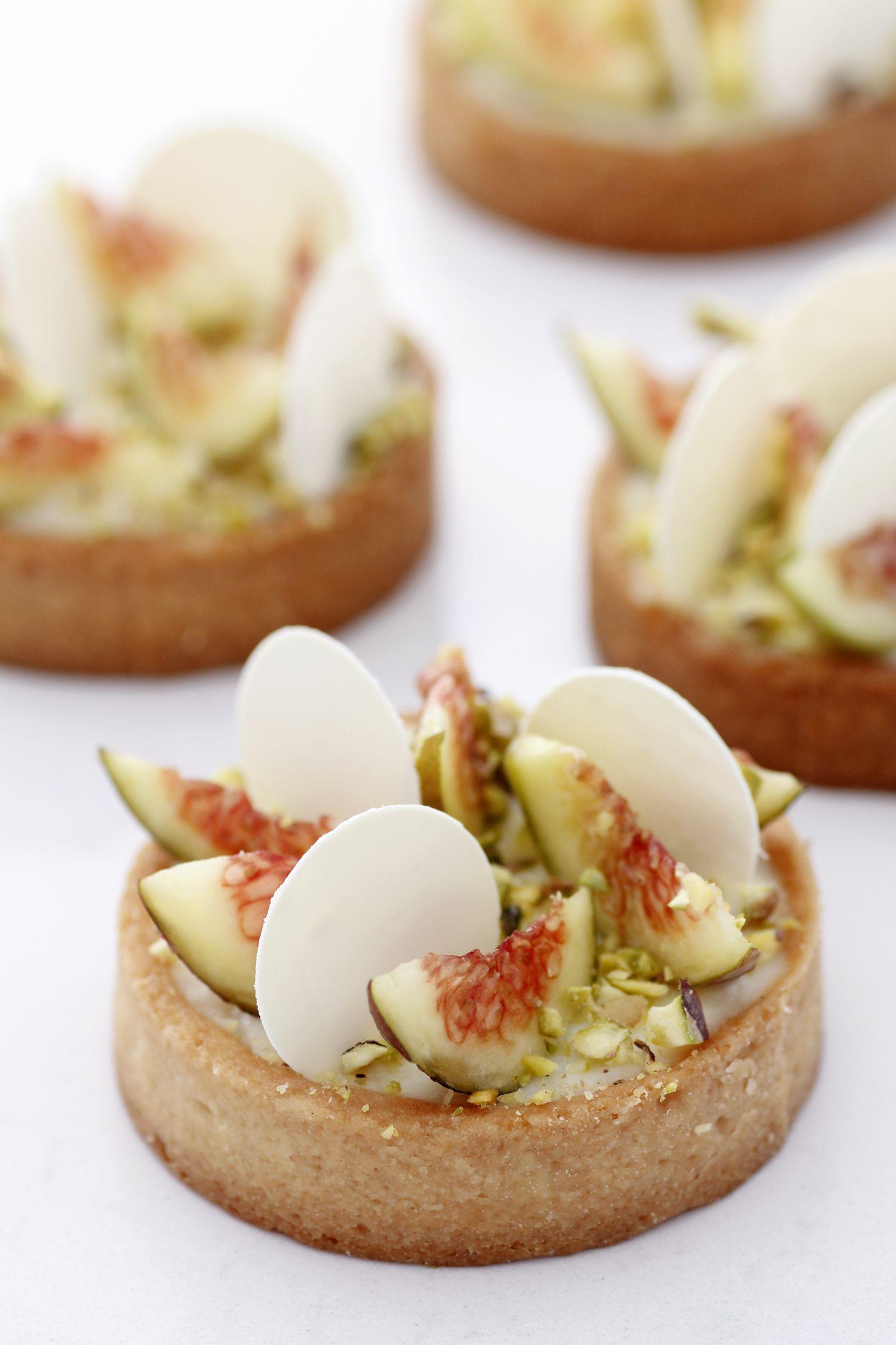 Vanilla Tart With Figs And Pistachio