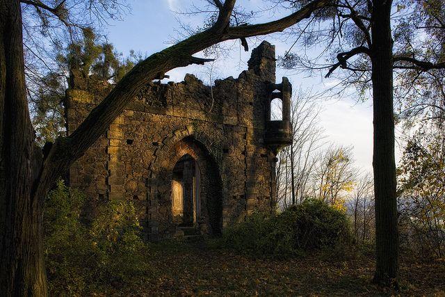 """""""Artificial"""" ruin built in 1785..."""