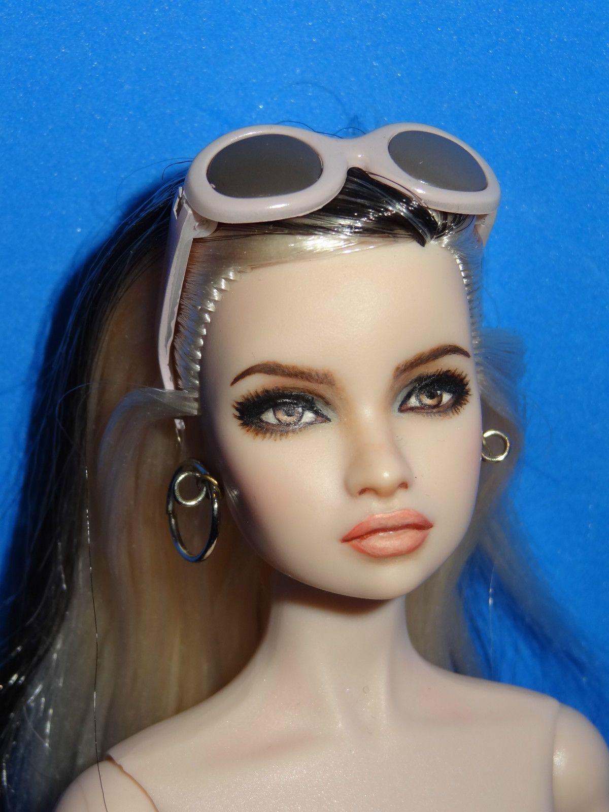 Pin de Lizzette González en Barbies en 2020   Maquillaje