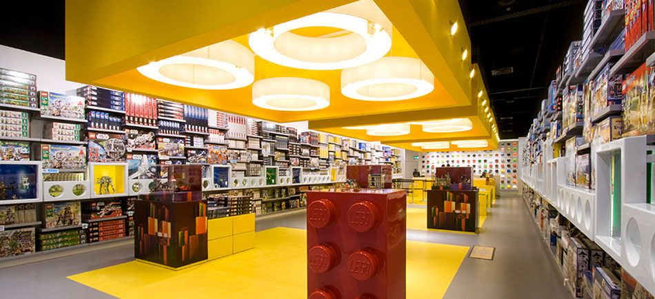 CDS group's lighting and shelving installations in Lego store. | D ...