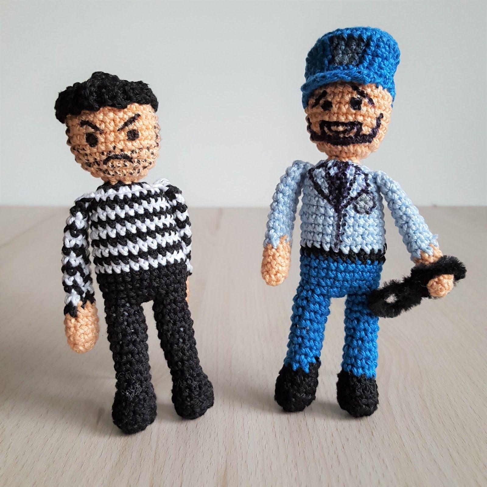 Kostenlose Häkelanleitung für Puppen, als Polizist und Bandit, die ...