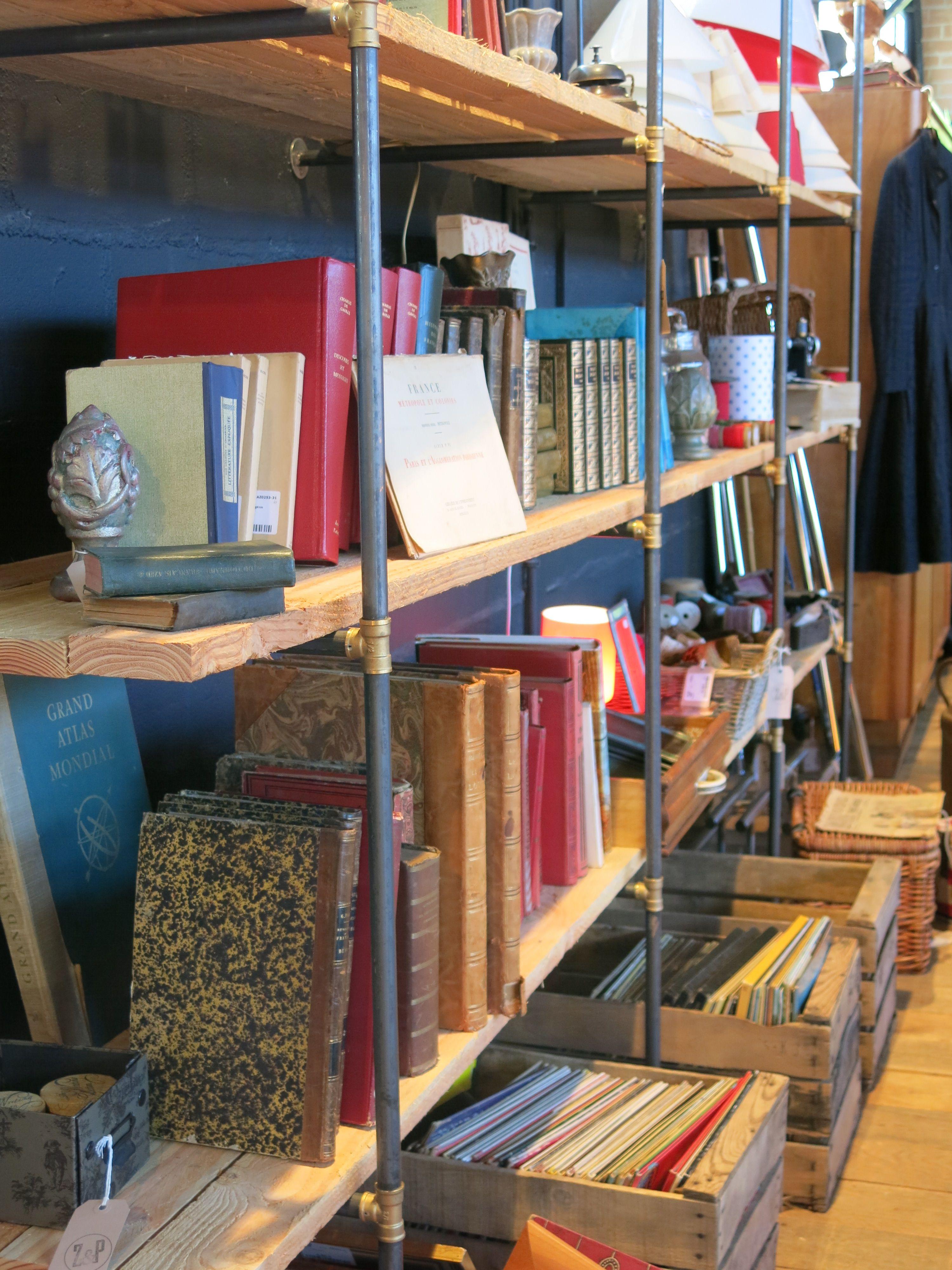 Meuble Avec Planche De Coffrage en boutique | bois de coffrage, Étagère bois, meuble à