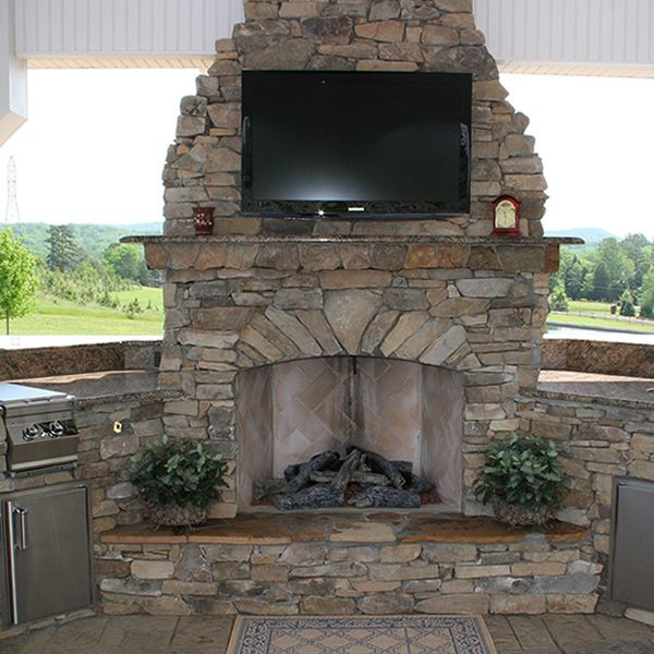 Elite Outdoor Custom Fireplace With Extended Hearth