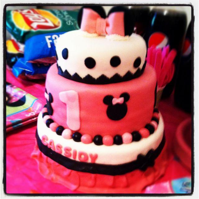My Little Girls 1st Birthday Cake It Was Gorgeous Baby Stuff