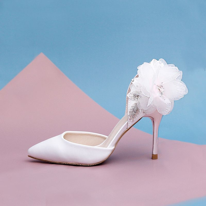 Chic Beautiful White Evening Party Womens Shoes 2019 Beading Appliques 9 Cm Stiletto Heels Pointed Toe High Heels Rhinestone Wedding Shoes Stiletto Heels Wedding Heels