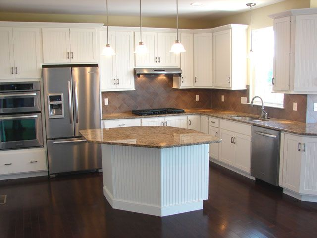 White maple cabinets, granite counter tops, stainless ... on Maple Cabinets With White Granite Countertops  id=89670