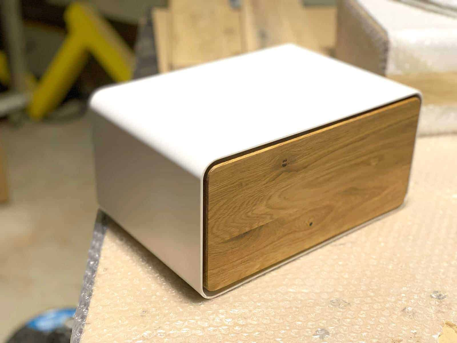 Nachttisch Dreamy 2 Weiss Hangend Holz Eiche Metall Modern Stahlzart Nachttisch Hangend Nachttisch Weiss Holz Nachttisch