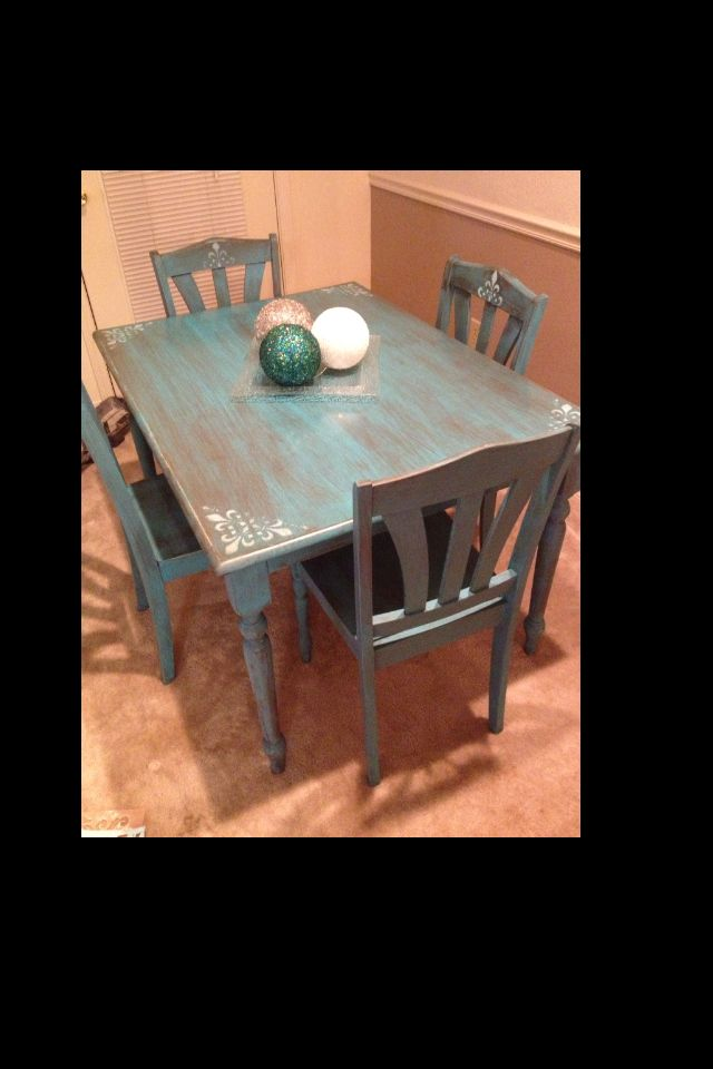 Delicieux Distressed Turquoise Kitchen Table