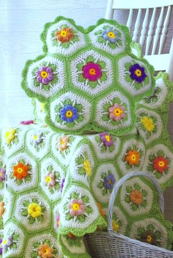 Vintage Crochet Pattern Granny Floral Hexagon African Flower Afghan
