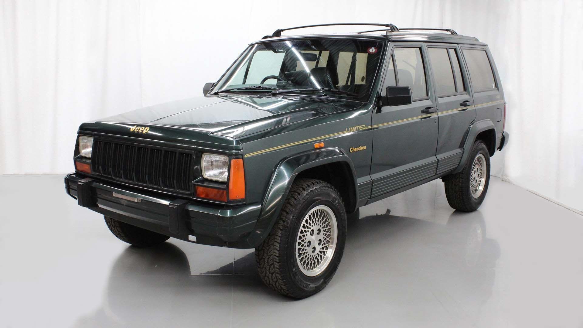 Rhd 1994 Jeep Cherokee Xj Is A Jdm Gem Jeep Cherokee Xj Jeep Cherokee Jeep