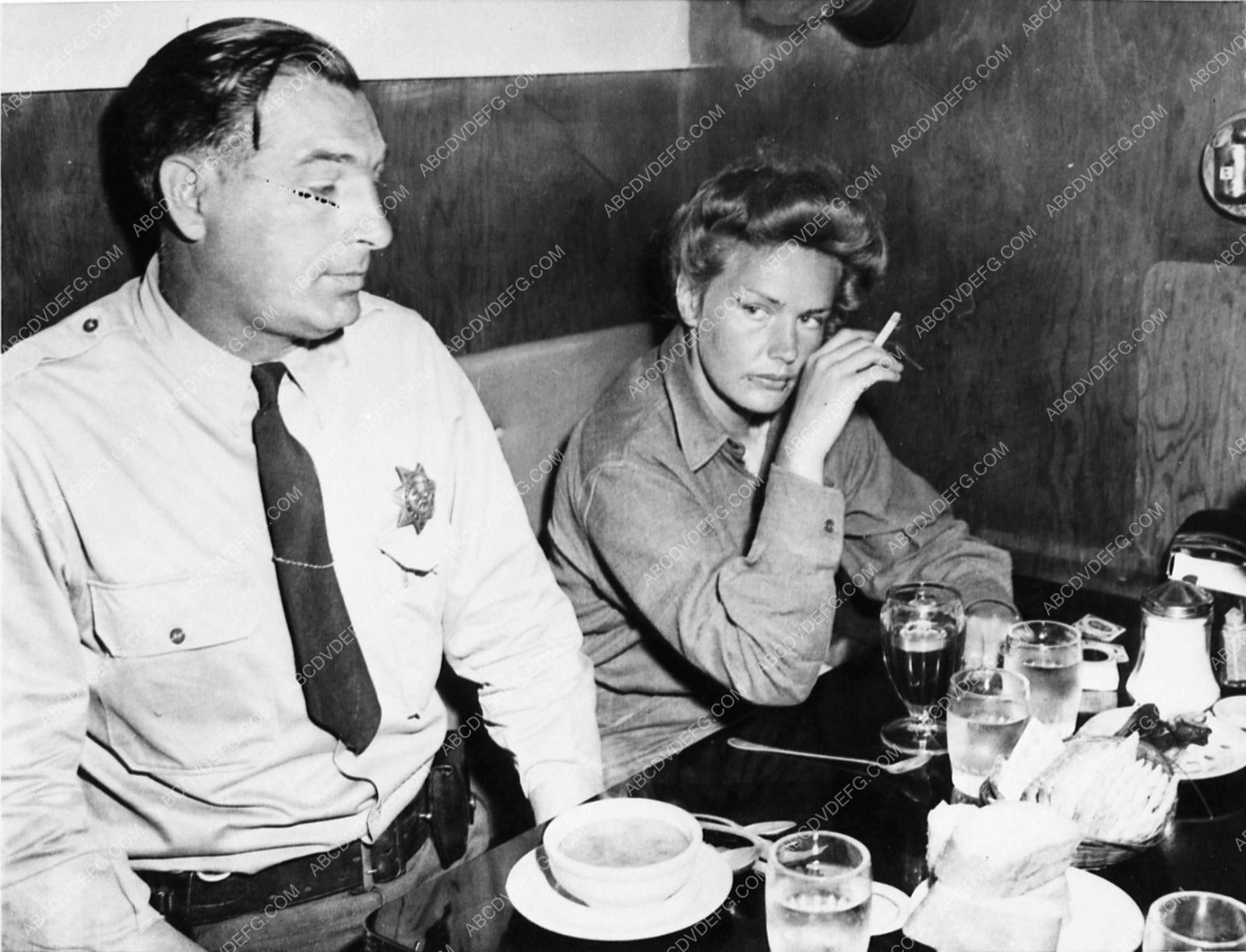 news Frances Farmer being fed by county sheriff 1104-16 ...