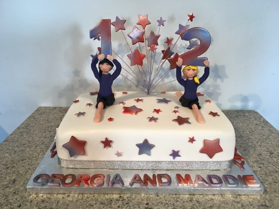 Dance themed birthday cake in team colours From Sweet Sensations a