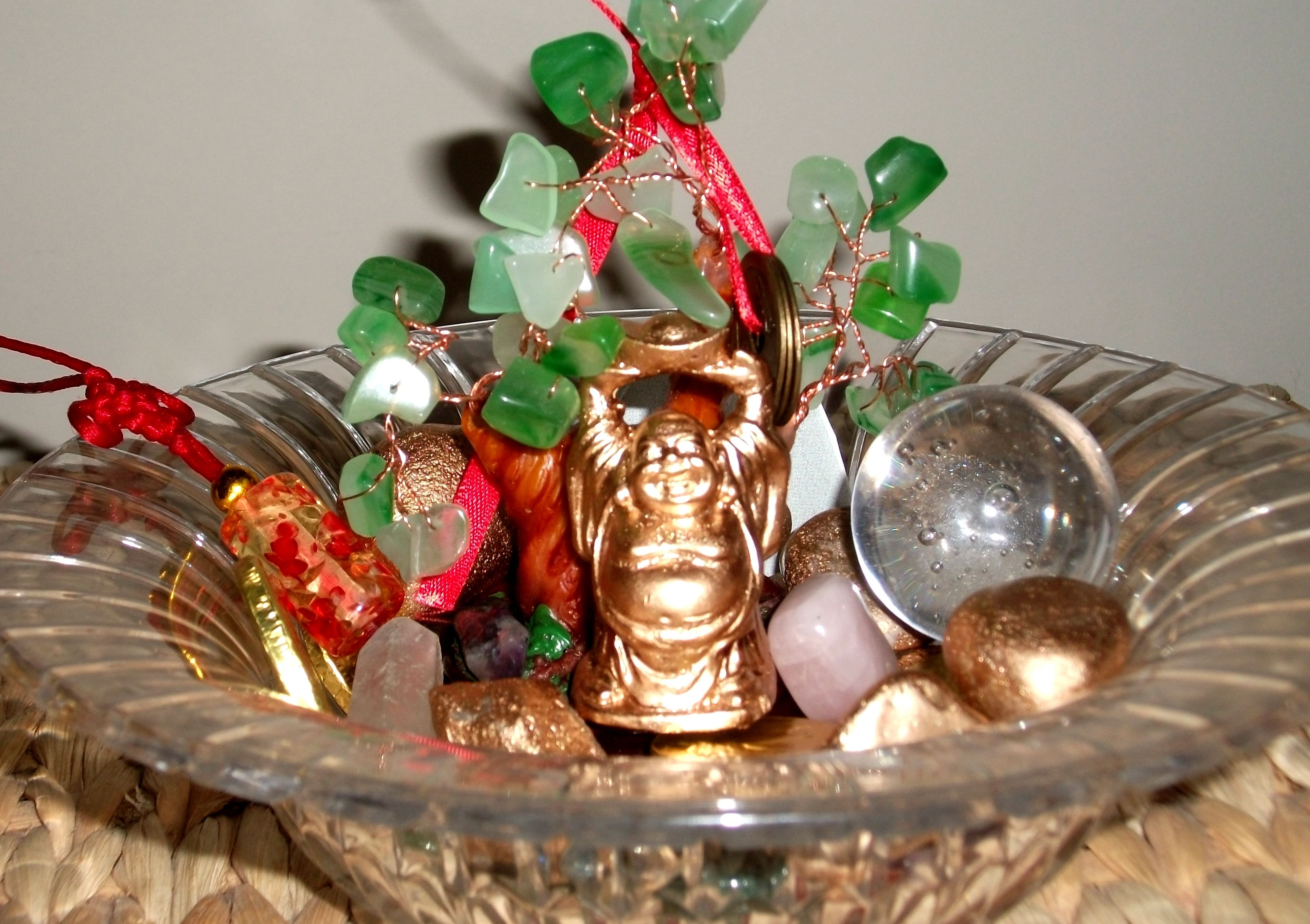Create a feng shui wealth bowl to stimulate your prosperity energy a feng shui wealth bowl is different than a wealth vase tips to build your own wealth bowl reviewsmspy