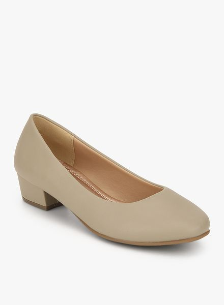Buy Tresmode Cegamo Beige Belly Shoes