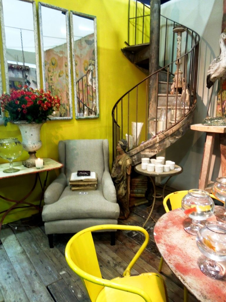 oh those stairs... SSO Blog - Vintage Home Decor - Vintage Furniture ...
