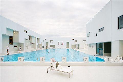 Schwimmbad in le havre fertig schwimmb der - Schwimmbad architektur ...