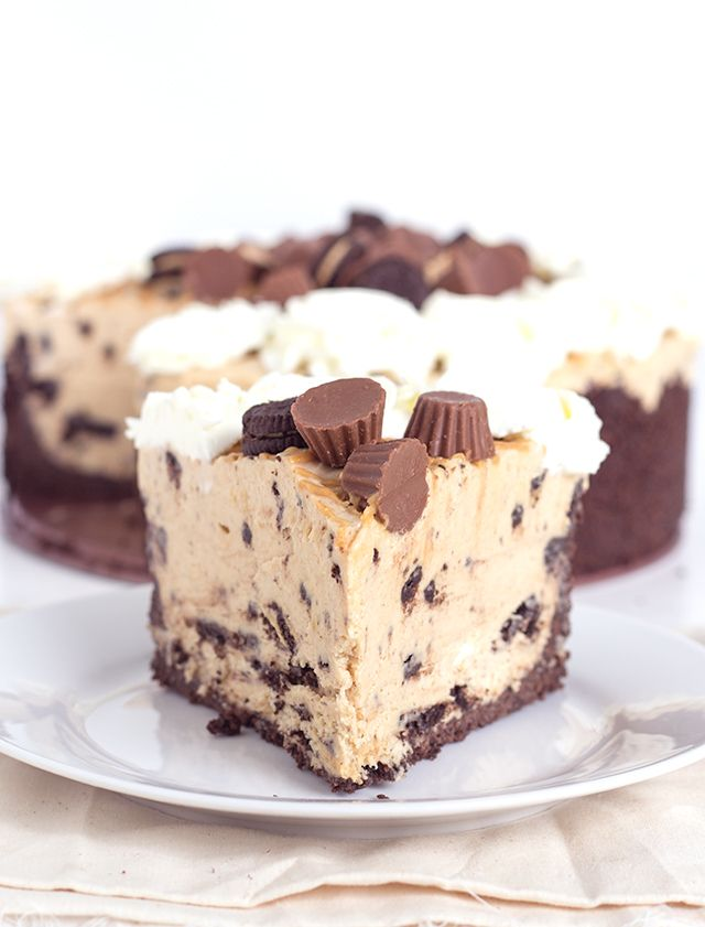 Delicious No Bake Reese S Peanut Butter Oreo Cheesecake If You Love Peanut Butter And Cookies
