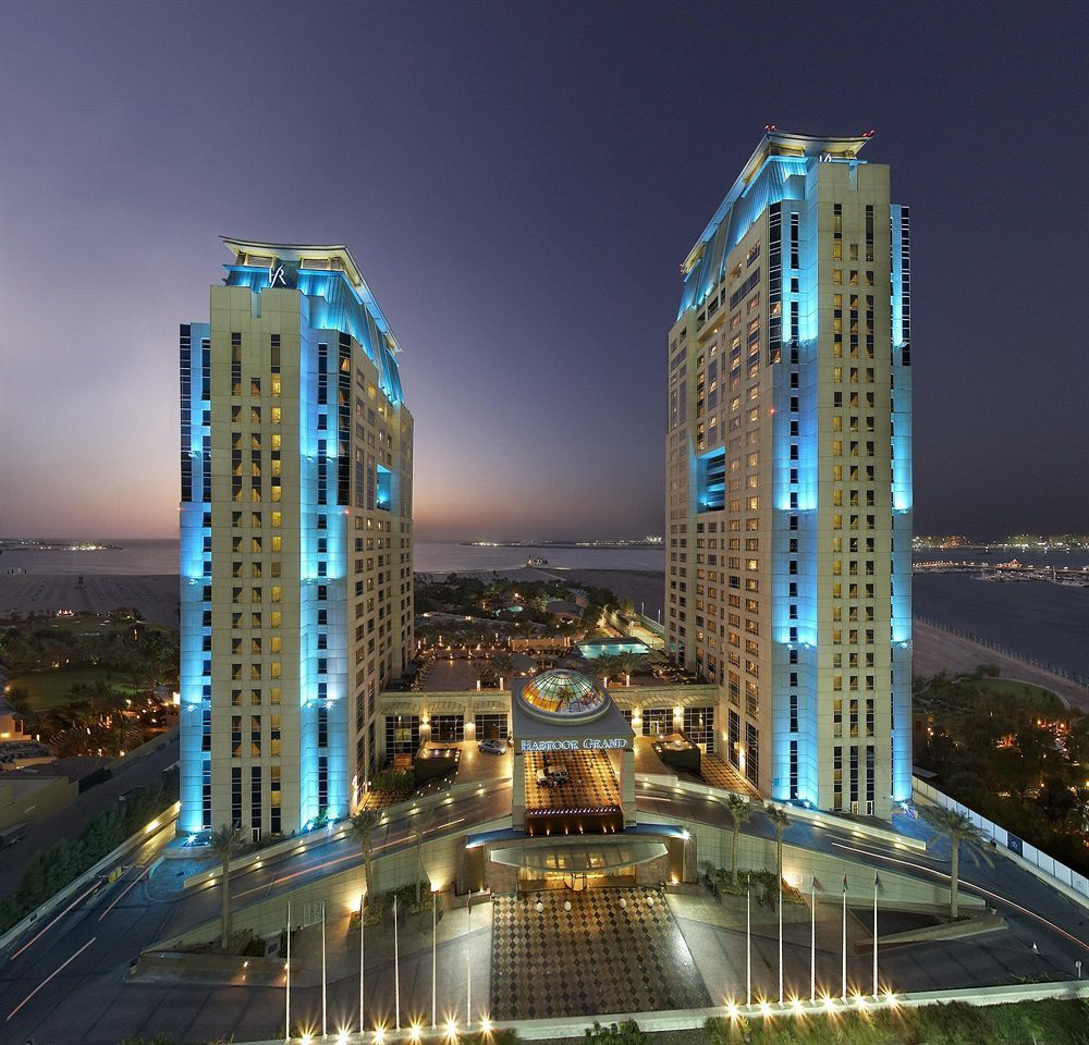 Habtoor grand beach resort spa in dubai jumeirah beach for Dubai hotels near beach