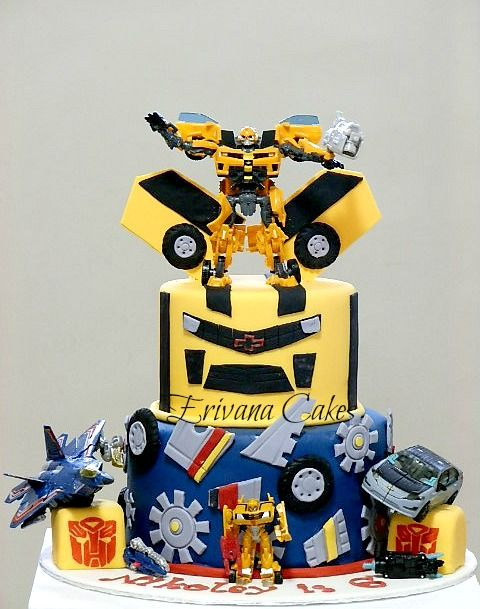 Making An Awesome Bumblebee Transformer Cake For My