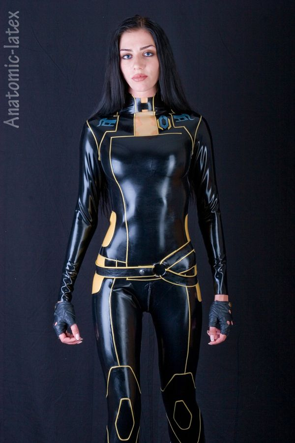 Miranda Lawson by ~latex-rat on deviantART  358a6c861