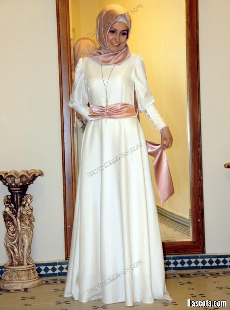 9a0bec62b3ede فساتين سهرة للمحجبات 2013 فساتين سهرات حجاب 2014 فساتين محجبات للمناسبات