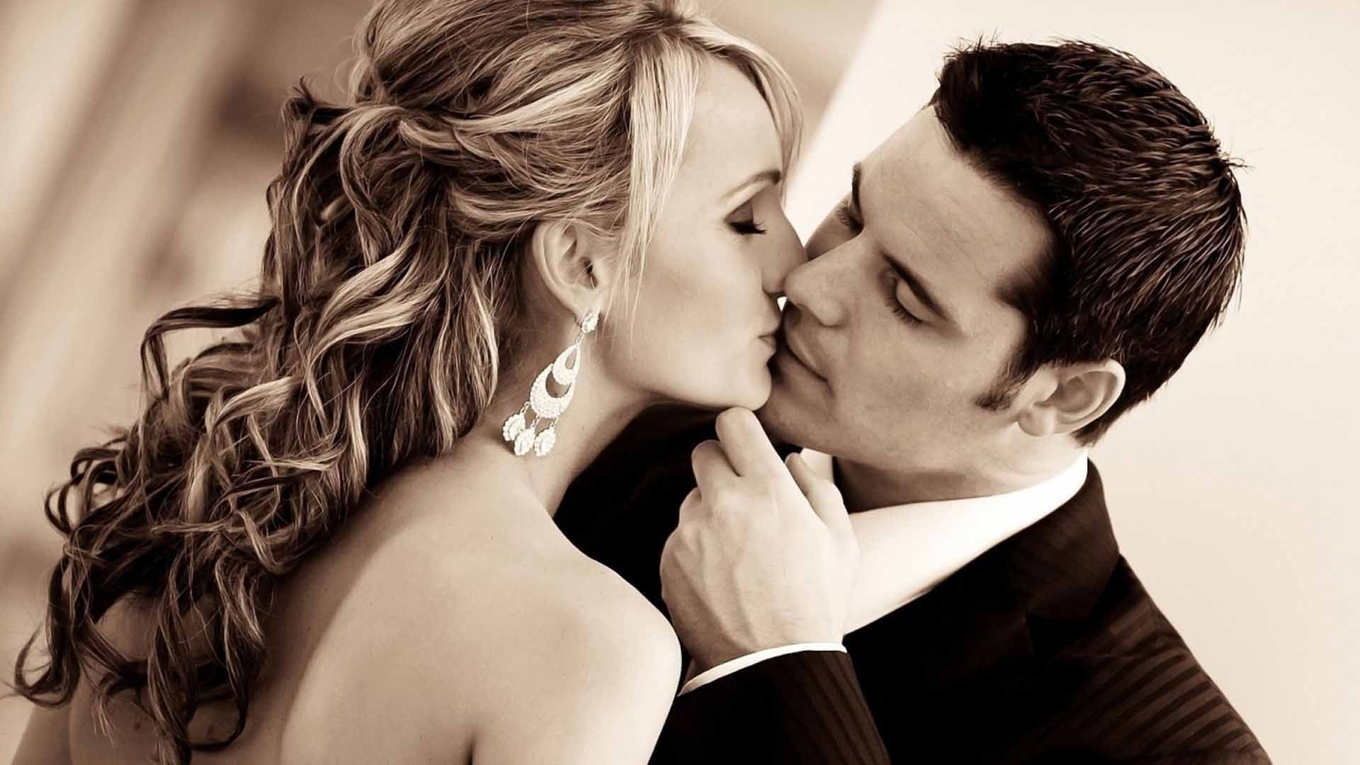 Image result for kiss day quotes