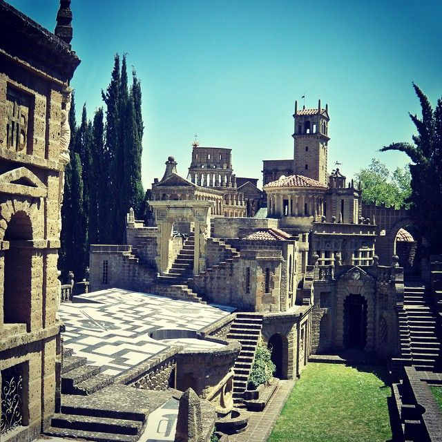 Locationando #location #cinema #castle #italy #scarzuola #dreams #diplomandosi #medievil #cittàideale #postodicristo