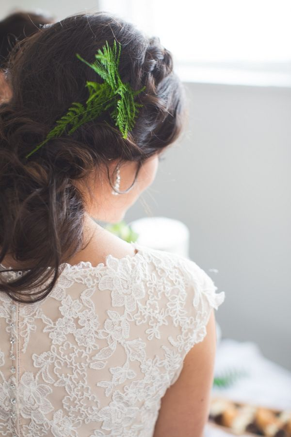 Fern Bridal Hairpiece with a Lace Back Wedding Dress | Hights Photography on @loveincmag via @aislesociety